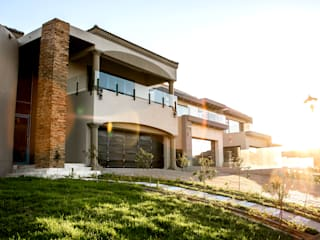 Blue Valley, Modern House Design TOP CENTRE PROPERTIES GROUP (PTY) LTD Modern houses