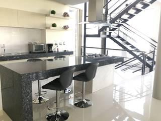 Proyectos y Maquinaria Del Norte SA de CV Cocinas de estilo moderno