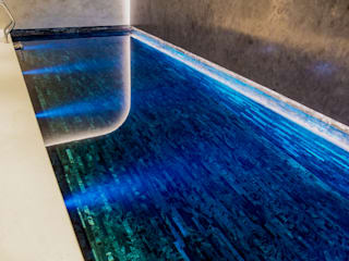 Glamorous Basement Pool Minimalistische Pools von London Swimming Pool Company Minimalistisch