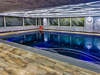 ​Pool and Saunarium for Novotel London - Canary Wharf by London Swimming Pool Company Сучасний