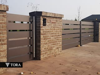 por TORA bramy i ogrodzenia