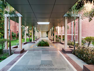 TakenIn Escuelas de estilo clásico