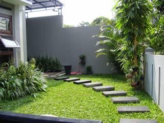 Tukang taman Minimalis Surabaya Oleh Tukang Taman Surabaya - flamboyanasri Modern