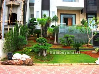 Jardines modernos: Ideas, imágenes y decoración de Tukang Taman Surabaya - flamboyanasri Moderno