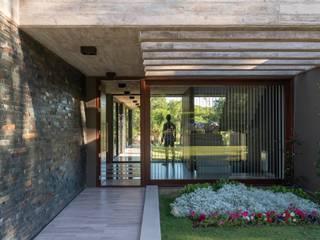 Maisons de campagne de style  par KARLEN + CLEMENTE ARQUITECTOS, Moderne