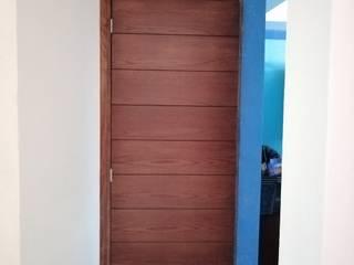 Puerta para baño de Madecoración Moderno