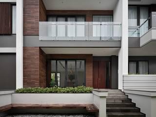 Gio House Setraduta Rumah Tropis Oleh CV Berkat Estetika Tropis