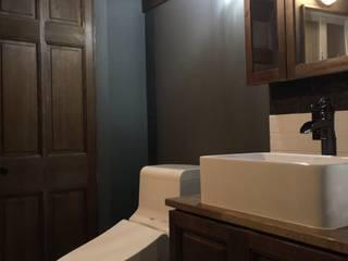 ブルックリンスタイル・マンションリノベーション: 設計工房WOODYが手掛けた浴室です。,