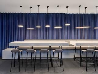 Büroplanung Office Design Studio Komo Stuttgart :  Bürogebäude von Studio Komo