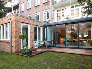 Vergunningsvrije aanbouw:  Huizen door Studioschaeffer Architecten BNA, Modern
