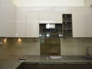 More Kitchen Designs Modern kitchen by Golden Spiral Productionz (p) ltd Modern