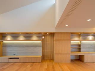 竈山の家Ⅰ: 株式会社田渕建築設計事務所が手掛けたリビングです。,
