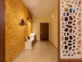 Modern corridor, hallway & stairs by DECOR DREAMS Modern