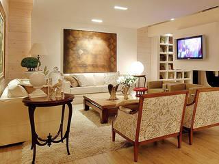Decoração sala : Salas de estar  por Anne Báril Arquitetura