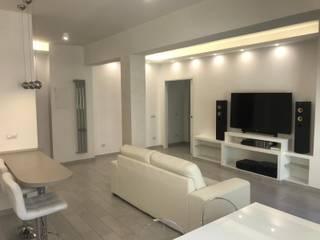 Omnia Multiservizi - Roma Invest Modern living room Beige