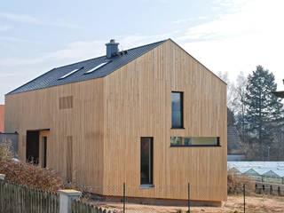บ้านเดี่ยว โดย Jenohr + Mezger, โมเดิร์น