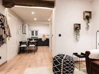 Salón-comedor:  de estilo  de Home Staging Bizkaia