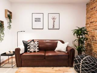 Frontal salón:  de estilo  de Home Staging Bizkaia