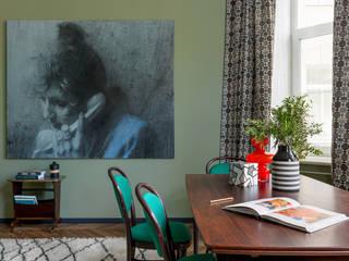 Квартира для галериста. от PropertyLab+art Эклектичный