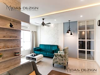 2BHK @ Goregoan (East), Romell Group Tropical style living room by Midas Dezign Tropical