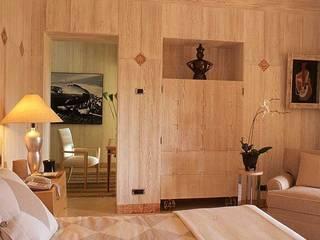 Mediterranean style bedroom by Estudio de Arquitectura Juan Ligués Mediterranean