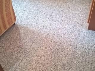 Lantai oleh STUDIO ARCHITETTURA SPINONI ROBERTO, Rustic