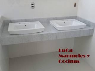 Modern bathroom by LuCa Marmoles y Cocinas Modern