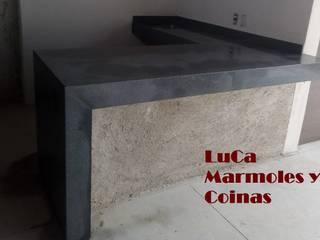 by LuCa Marmoles y Cocinas Modern