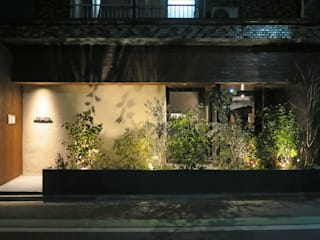 Gastronomy by 田所裕樹建築設計事務所