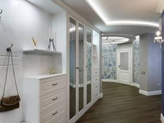 オリジナルスタイルの 玄関&廊下&階段 の GLAZOV design group концептуальная студия дизайна интерьеров オリジナル