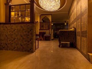 Buhari Hallway:  Corridor & hallway by Design DNA Hyderabad