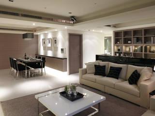 簡潔俐落的現代風格實品屋 鼎爵室內裝修設計工程有限公司 现代客厅設計點子、靈感 & 圖片 White