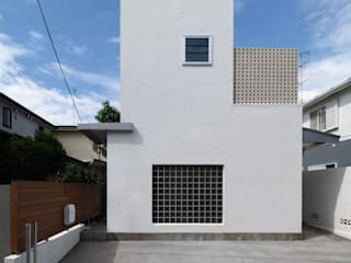 アトリエ スピノザ Multi-Family house Concrete White