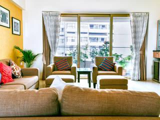 Home Design:  Living room by HomeLane.com
