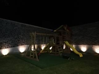 Casa de descanso: Casitas de jardín de estilo  por Spazio Diseño de Interiores & Arquitectura