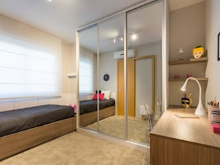 Minimalist bedroom by BWL - Design de Interiores Minimalist