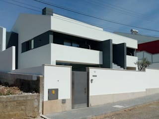 RENOVAÇÃO DE VIVENDA UNIFAMILIAR - SMF por Shadows - Arquitetura | Design | Engenharia | Construção