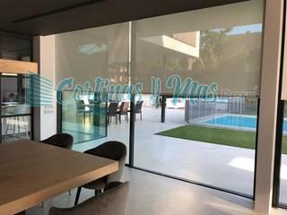 Trabajo Realizado en el Distrito de La Molina Puertas y ventanas modernas de Cortinas Y Más Perú Moderno