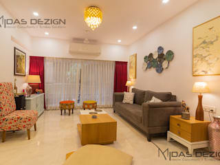 2BHK @ Andheri west:  Living room by Midas Dezign,Minimalist
