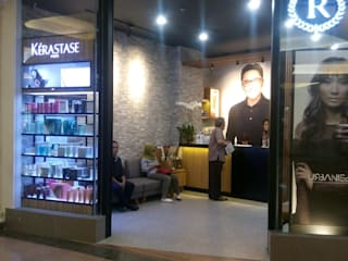 Retail Salon Pondok Indah mall 2:  Pusat Perbelanjaan by SPADE Studio Indonesia