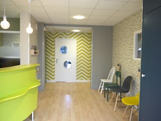 MIINT - design d'espace & décoration Clinics Multicolored