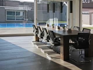 Salon moderne par Marlegno Moderne