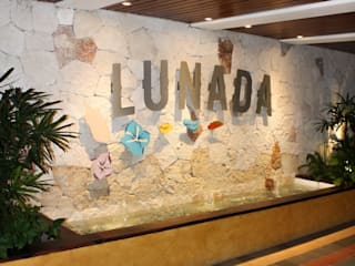 Lunada 101:  de estilo tropical por S P A C E L A B , Tropical
