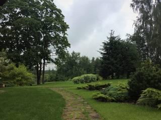 ЖИТЬ СВОБОДНО: Сады в . Автор – GREENS архитектурно-ландшафтное бюро, Классический