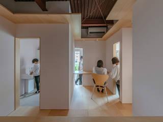 パサージュのある事務所の改修 の NI&Co. Architects 一級建築士事務所 オリジナル