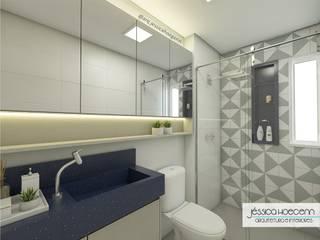 Bathroom by Arquiteta Jéssica Hoegenn - Arquitetura de Interiores