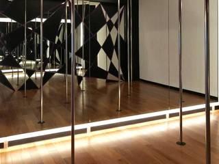 DUMEX EN DANCE BLACK DIAMOND STUDIO Escuelas de estilo moderno de GRUPO COMERCIAL DUELAS DE MEXICO SA DE CV Moderno