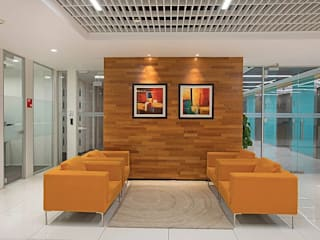 Turnkey Embedded Project management of 1.60 L SqFt Interior Fit-out for a Major AlcoBev Company in Bangalore, India Modern office buildings by Outcrop Professional Services Modern