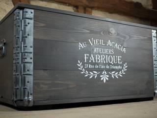 Truhe im vintage industrial Stil.: industriell  von arborala,Industrial