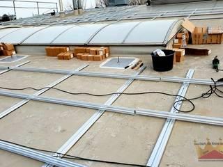 Telhados planos  por Dachdeckermeisterbetrieb Dirk Lange